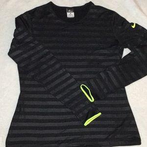 Nike Tops - Nike Women's Long Sleeve shirt